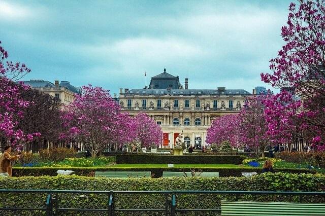 Paris Place